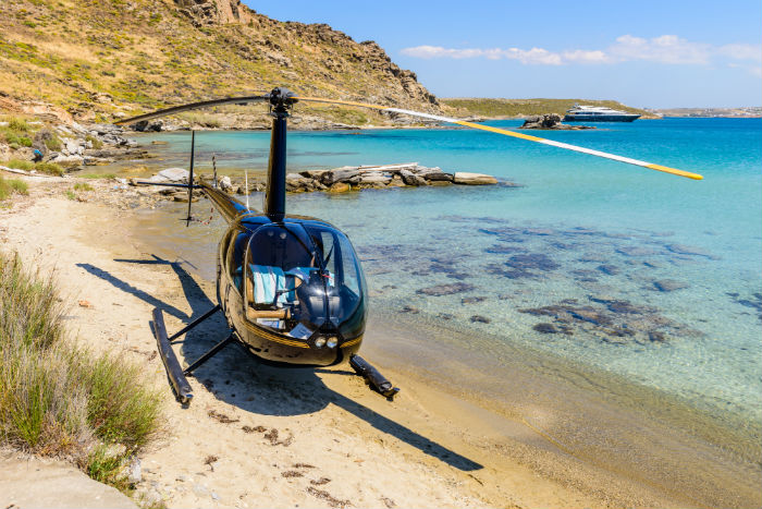 Helicopter tours along the beach