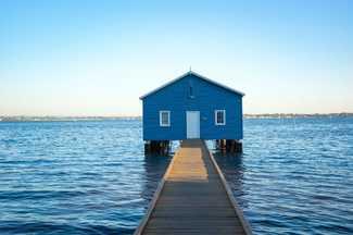 Swan River hut